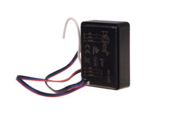 rH-S4Т - четырехканальный передатчик со встроенным датчиком температуры, питание от аккумулятора