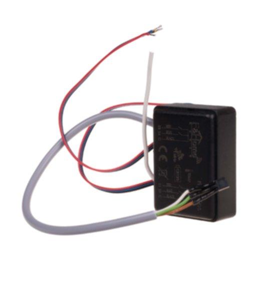 rH-S4Тes - четырехканальный передатчик с выносным датчиком температуры, питание от аккумулятора